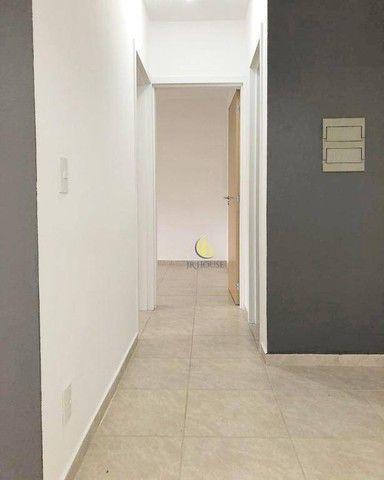 Apartamento com 2 dormitórios para alugar, 56 m² por R$ 800,00/mês - Santa Fé - Gravataí/R - Foto 17
