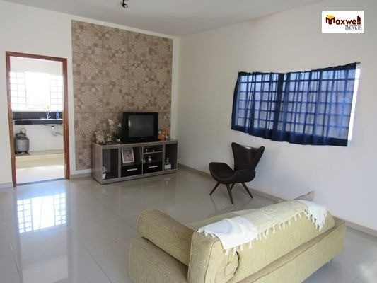 Oportunidade de adquirir um imóvel sozinho no lote 360m² - Foto 2