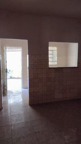 Casa com 3 quartos, 2 salas, copa, cozinha, banheiro, 2 varandas e 1 garagem. - Foto 7