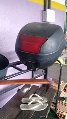 Venda de um um baú para moto completo - Foto 3