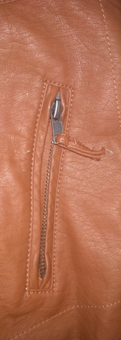 Jaqueta feminina de couro sintético - Foto 3