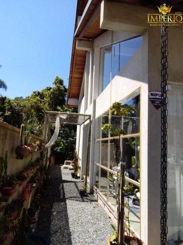 Casa com excelente localização em Bombas - Foto 6