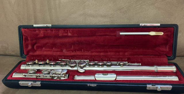 Flauta Yamaha Japan YFL211 - Foto 6