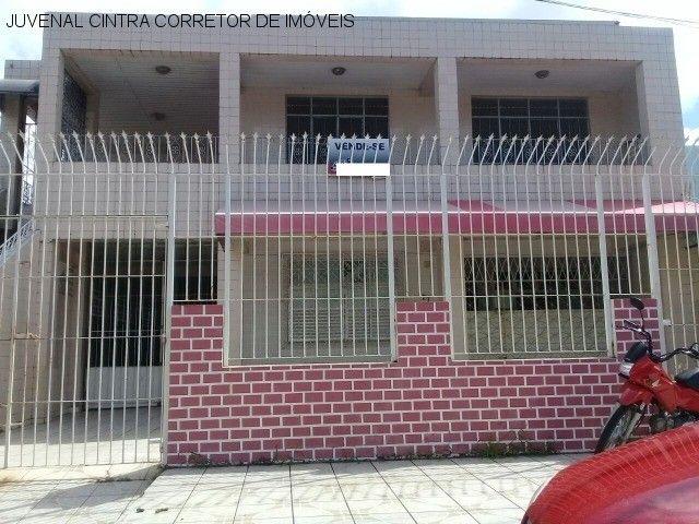 Vendo uma casa ampla em Itapuã, 7/4, suítes, comercial ou residencial R$ 850,0000!