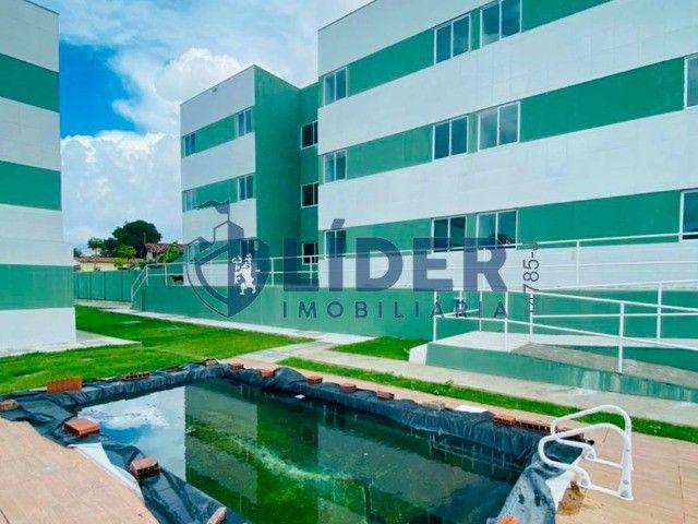 RCS-Lindo prive com piscina, churrasqueira, área de lazer - Foto 17