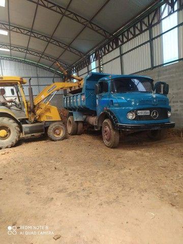Caminhão toco caçamba - Foto 4