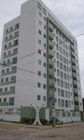 Apartamento com 01 quarto no bancários, elevador e piscina