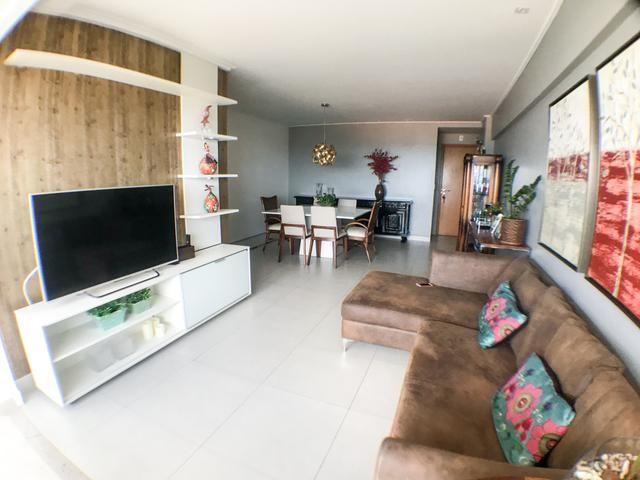 Apartamento 3 quartos no Farol - Vista para o Mar