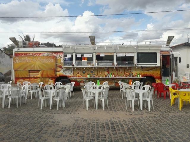 Vendo um ônibus food truck. valor 65mil no dinheiro!!! - Foto 4
