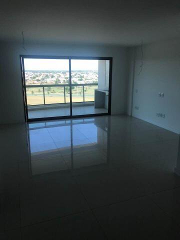 Grandioso apartamento no Flamboyant, 3 quartos sendo 2 suítes, com 142m2