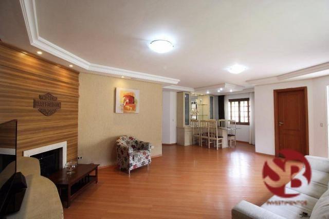 Casa Térrea (frente para 2 ruas) com 3 dormitórios ( 1 suíte ) , 5 vagas ? Santa Felicidad