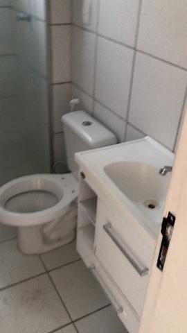 Vendo Apartamento no Cond. Vivendas Parnamirim com garagem coberta no 2º andar - Foto 15