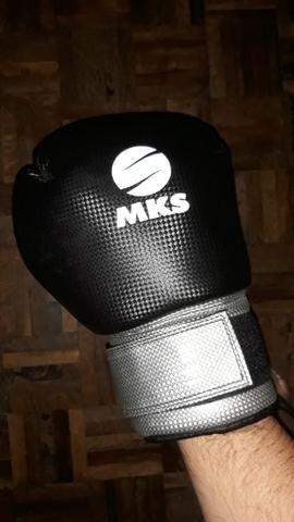 Luva de boxe profissional tam:14oz DE BARBADA - Foto 4
