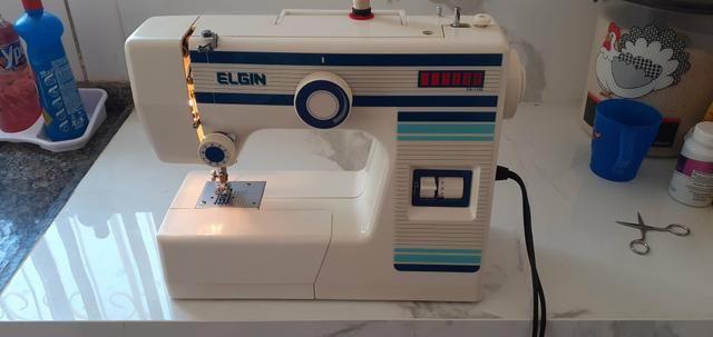 Vendo essa maquina de costura Elgin - Foto 2