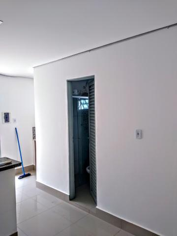 Kitnet locação ,toda no piso porcelanato, 700 reais - Foto 9