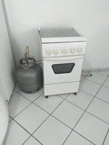 Alugo flat 1/4 mobiliado , em condominio Down Town, centro - Foto 2