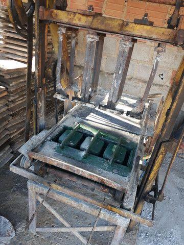 Vendo maquina de fazer blocos de concreto