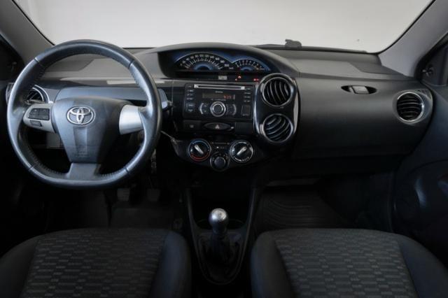 Toyota Etios XLS 1.5 Prata 2014 Completo - Foto 7