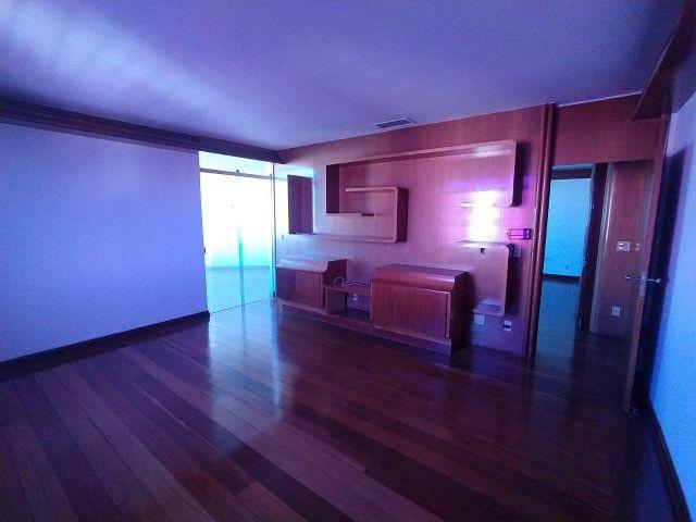 Apartamento 4 suítes - 311m² - Setor Sul - Cond Morada do Sol - Foto 10