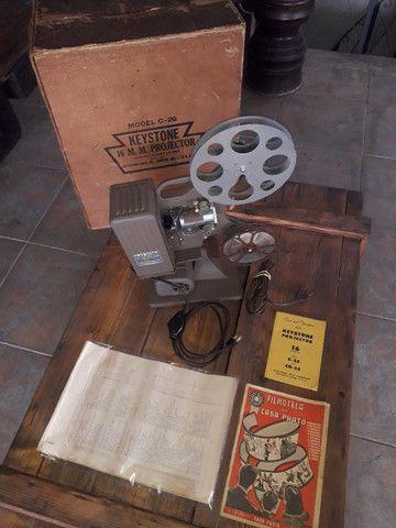 Projetor keystone na caixa com manual e acessórios de fábrica