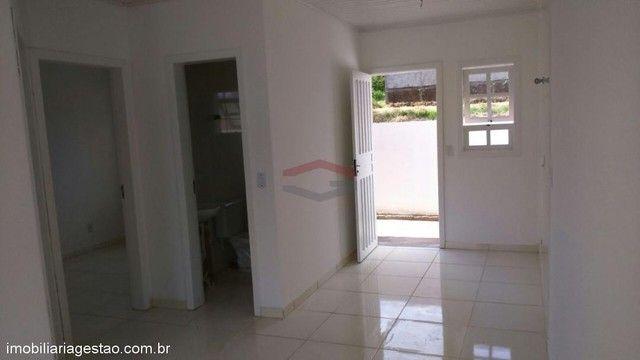 Casa de 2 ( dois ) dormitórios de esquina em NSR - Foto 11
