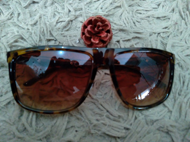 Óculos de sol com proteção UV - Foto 6