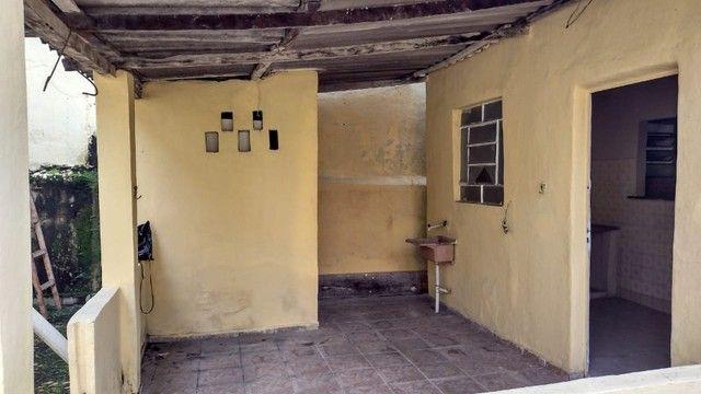 Casa com 3 quartos, 2 salas, copa, cozinha, banheiro, 2 varandas e 1 garagem. - Foto 12