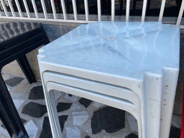 Boa noite Manaus temos no atacado mesa plástica cor branca nova pra lanchonete