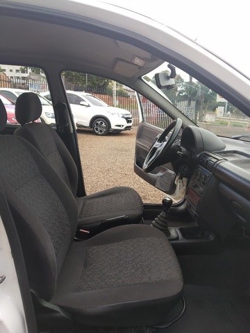 Corsa Sedan Classic Life 1.0 flex - Foto 14