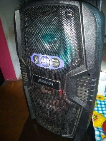 Vendo uma caixa de som muito boa ela está nova pouco tempo de uso - Foto 2