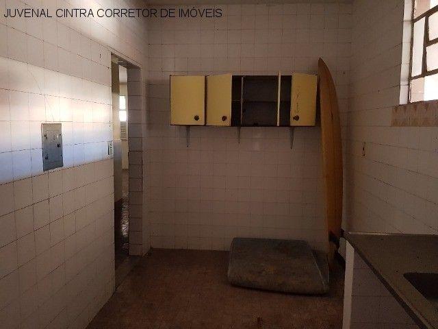 Vendo uma casa ampla em Itapuã, 7/4, suítes, comercial ou residencial R$ 850,0000! - Foto 5