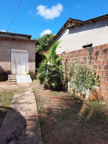 Casa com 02 quartos, sala, cozinha, com dois banheiros  e uma área de serviços  - Foto 3