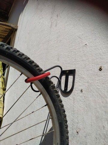 Suporte de parede para sua bike - Foto 4