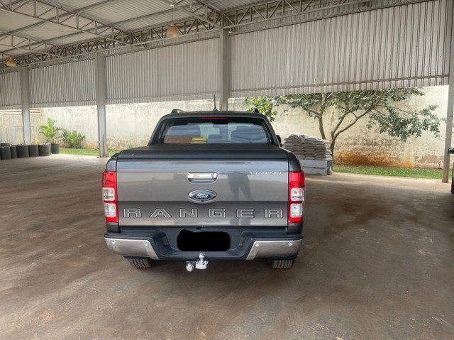 Ford ranger 3.2 Limited 4x4 cd 20v Diesel 18,5 mil km sem detalhes - Foto 4