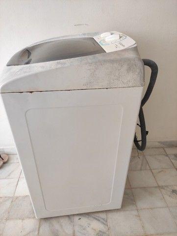 Vendo Máquina de lavar roupa Eletrolux usada - Foto 2