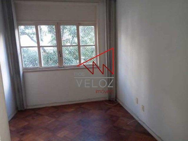 Apartamento à venda com 3 dormitórios em Laranjeiras, Rio de janeiro cod:LAAP32252