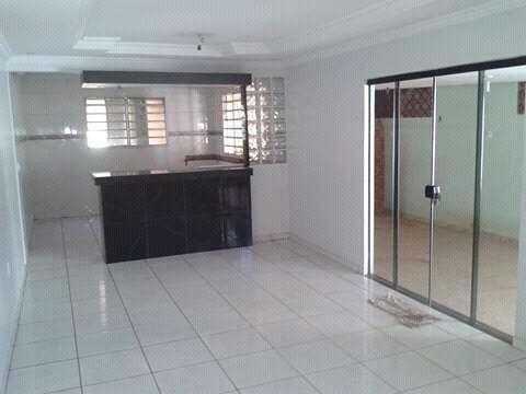 Casa na Vila Canaã 3/4 suíte1, banheiro4, próximo ao Shopping cidade Jardim (tend tudo)