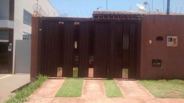 Ótima casa na rua da Divisão - 1 quarto + suíte