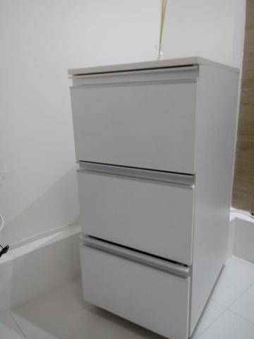 Armário em mdf com três gavetas - VENDE-SE - Foto 3