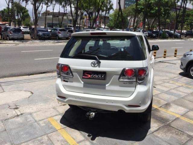 Toyota Hilux Sw4 2.7 Sr 4X2 16v Flex (Fabr. 2014 / Mod. 2015) - Foto 3
