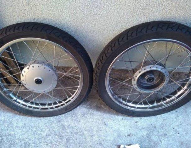Troco roda raiada por roda de liga leve - Foto 2