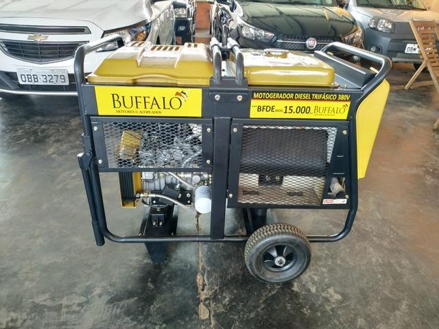 Motogerador diesel trifásico 380v/220v 15.000 buffalo potência máxima 15,0 kva