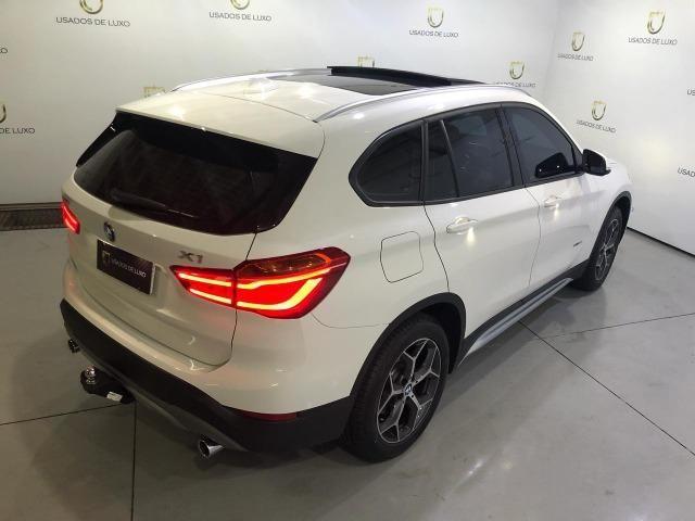BMW X1 sDrive 20i X-Line 2.0 - Foto 5