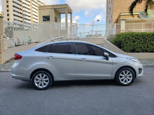 New Fiesta sedan se ano 2012/2012 completo - Foto 8