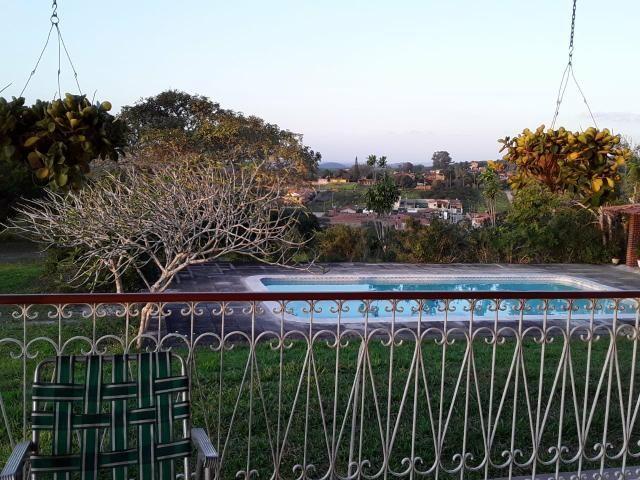 Chácara em Gravatá com 9 hectares, casa sede, 6 suítes, piscina com apoio, vista da BR-232 - Foto 2