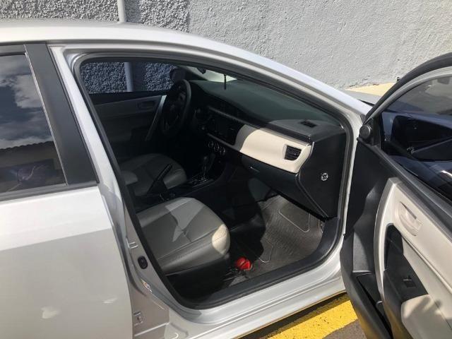 Vende-se Corolla 2016, Automático Prata GLI 1.8 com os Opcionais do XEI - Completo - Foto 10