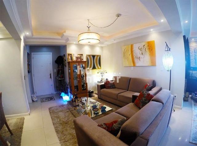 Apartamento 3 Dormitórios, Elevador e 2 Vagas no Bairro Medianeira - Foto 7