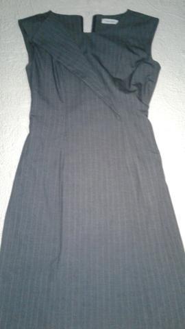 Vestido importado Calvin Klein NOVO - Foto 4