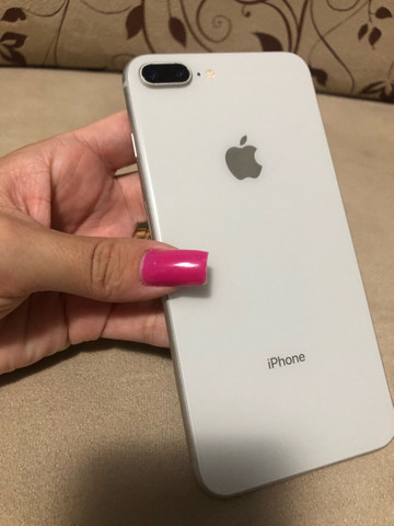iPhone 8 Plus 64GB - Foto 2