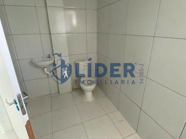 RCS-Lindo prive com piscina, churrasqueira, área de lazer - Foto 4